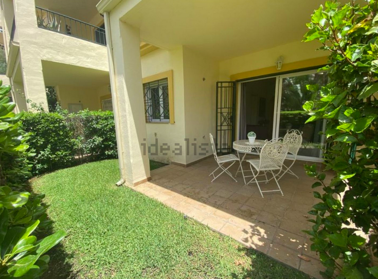 Apartamento en Miraflores de Riviera